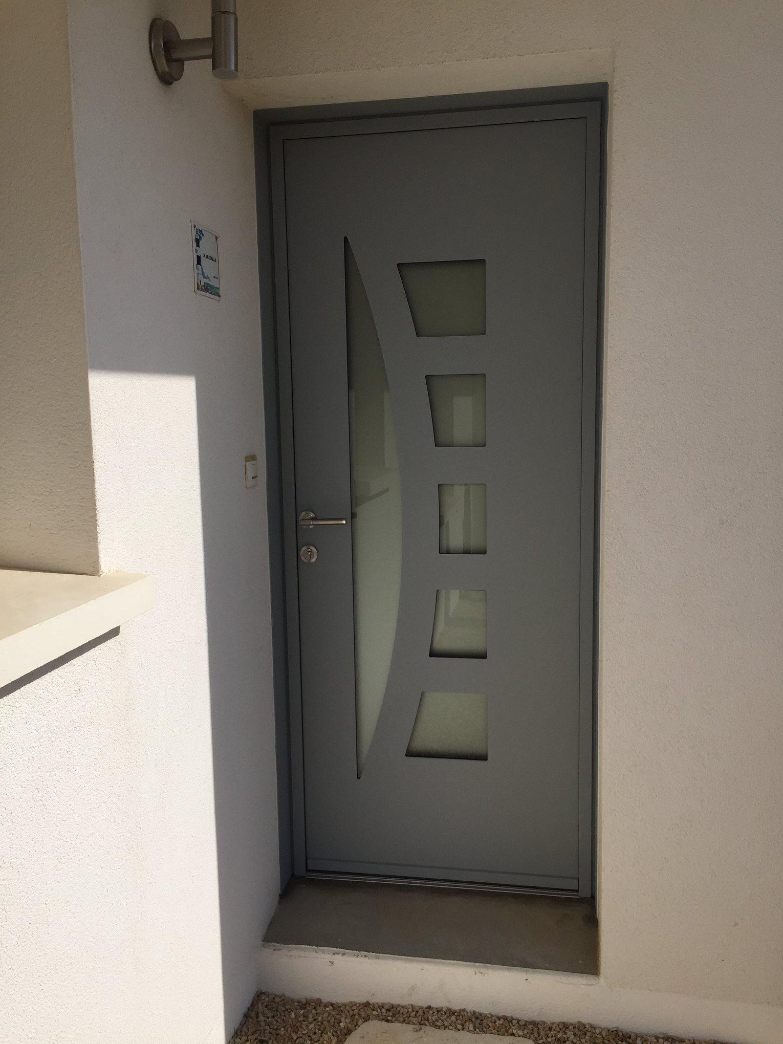 Porte D Entree Aluminium Modele Lunaire Damien Michenaud Sarl